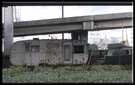 Urban Transients or Nomadic Urbanism?