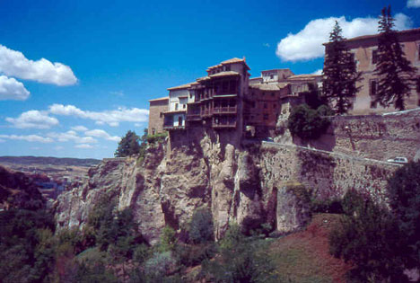 cliff houses hanging houses of cuenca