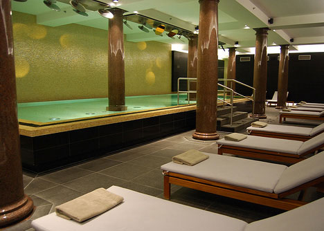 luxurious swimming pools hotel de rome berlin