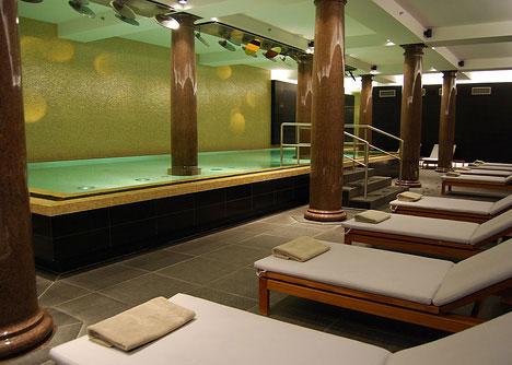 luxurious swimming pools hotel de rome berlin