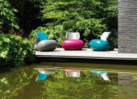 11 unusually cool hot modern outdoor furniture designs for Cool outdoor furniture ideas