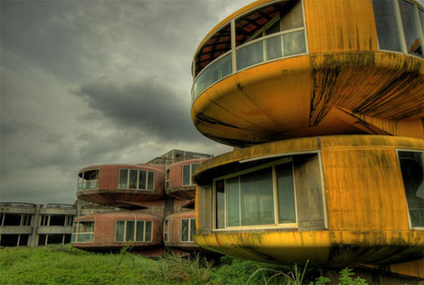 22 Global Tales of Ghost Towns and Abandoned Cities