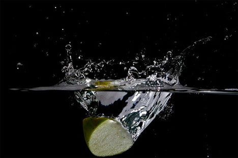 apple water high speed photography