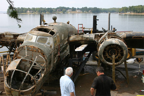 b25 airplane pulled from lake