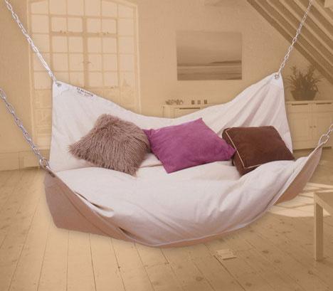 Le Beanock hammock bed