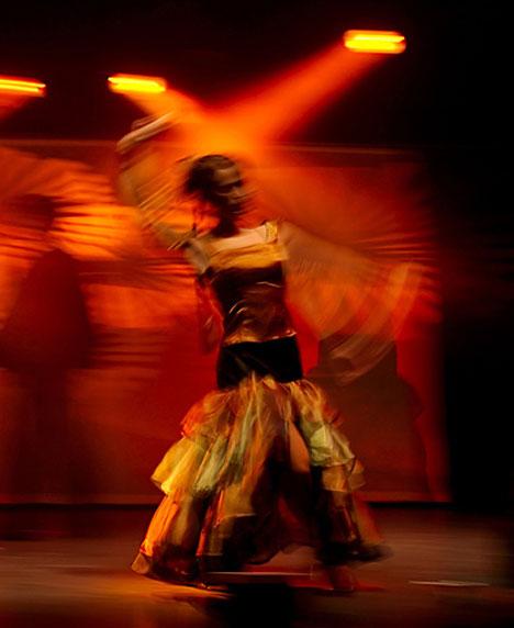 motion blur photography dancer