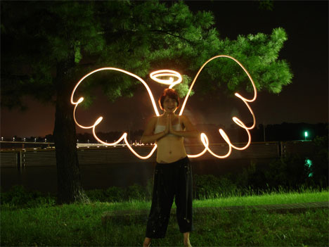 motion blur photography light graffiti angel