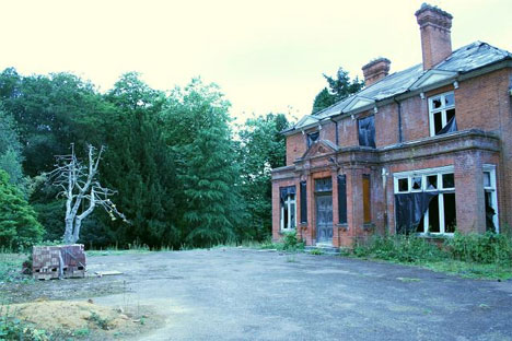 springhill manor abandoned house uk