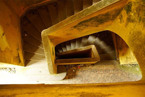 abandoned bokor hill hotel stairs
