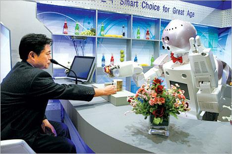t-rot bartending robot