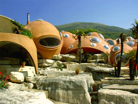 bubble house tourettes sur loup france - Worlds Beautiful Houses