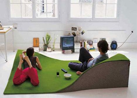 Flying Carpet raised rug