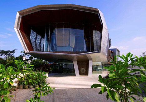 Dream house designs 10 uncanny ultramodern homes urbanist Home architecture malaysia