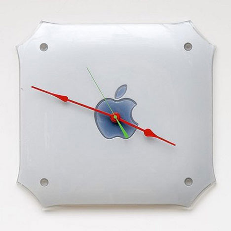 apple-clock-a