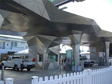 metallic-gas-station-1
