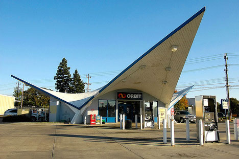 vintage-orbit-gas-station