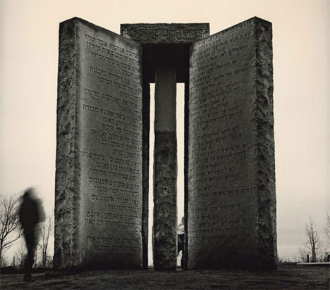 post-apocalypse-guidestones