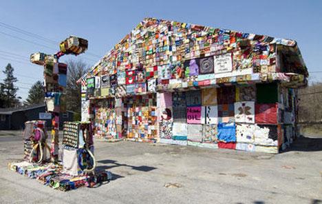 crochet-gas-station