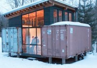 Holyoke Family Shipping Container Cabin
