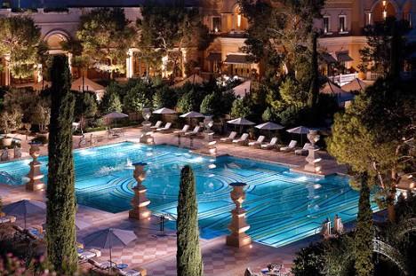 Vegas_Pool_10x