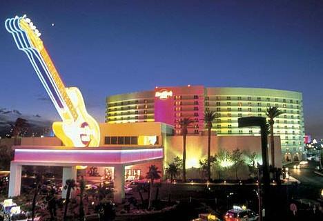 Vegas_Pool_1x