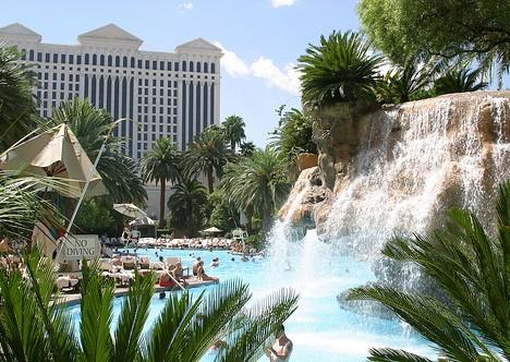 Vegas_Pool_3x
