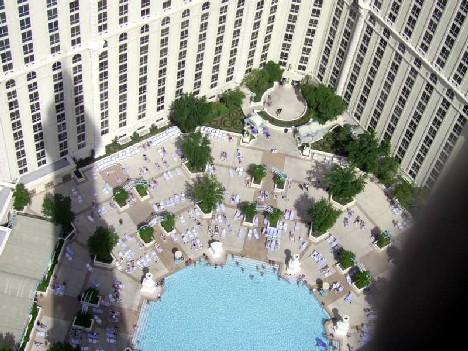 Vegas_Pool_6x