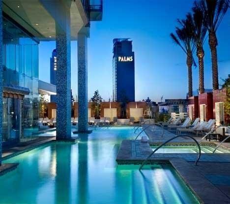 Vegas_Pool_9a