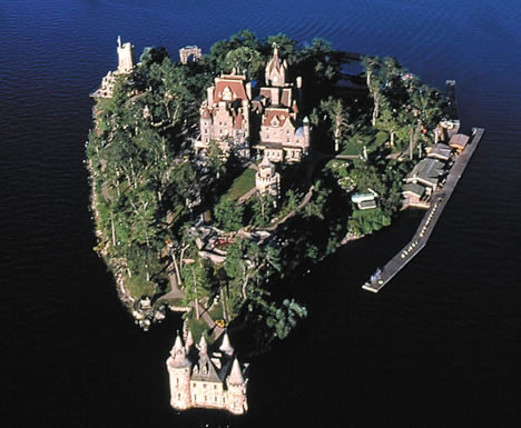 I Love Life Architectural Love Story 10 Castles Built For Love