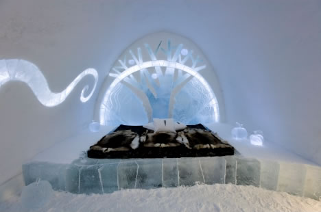 Arctic Vacation & the Artist Suites of the Icehotel