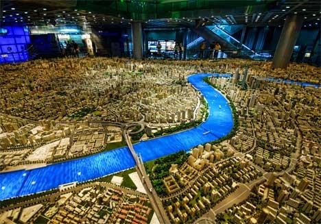 IMAGE(http://img.weburbanist.com/wp-content/uploads/2010/03/shanghai-scale-model-city.jpg)