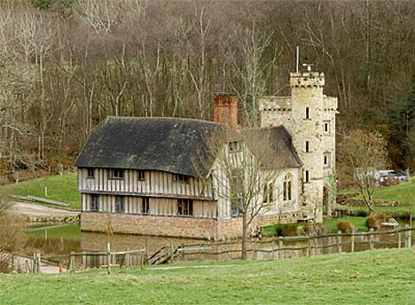 Diez castillos construidos por una sola persona BraylshamCastle