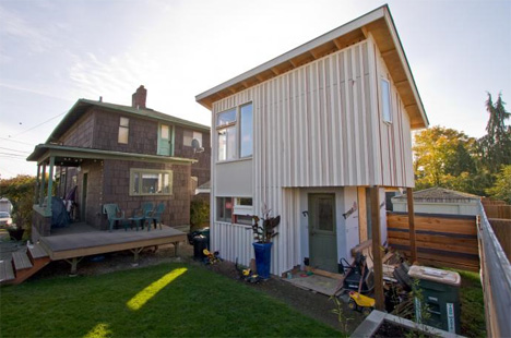 Shrink your footprint 10 little examples of tiny houses for Backyard cottage seattle