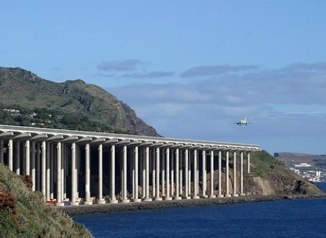 Enjoy Your Fright: The World's 10 Scariest Airports