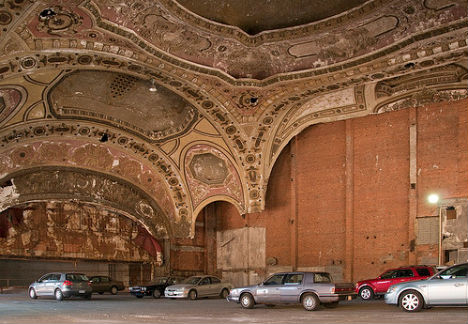 Detroit S Michigan Theater A Most Beautiful Parking Lot