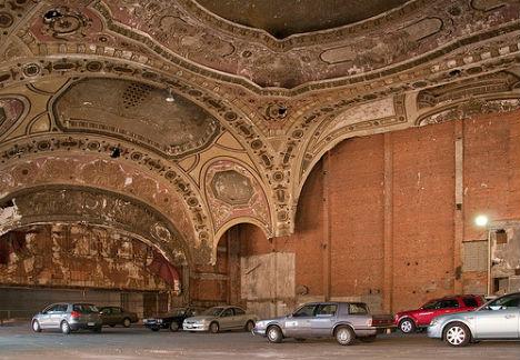 Detroit S Michigan Theater A Most Beautiful Parking Lot