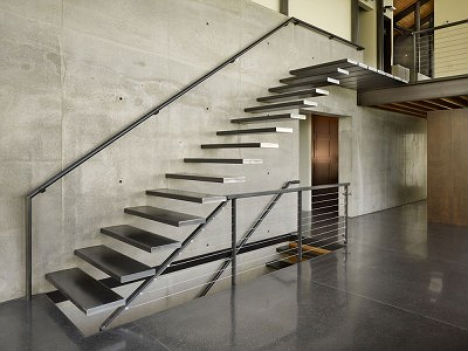 Suspended staircases 18 hanging stair tread sets urbanist for Fabrication escalier beton interieur