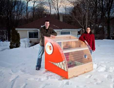 Reel cold comfort 10 creative ice fishing hut designs for Fish house designs