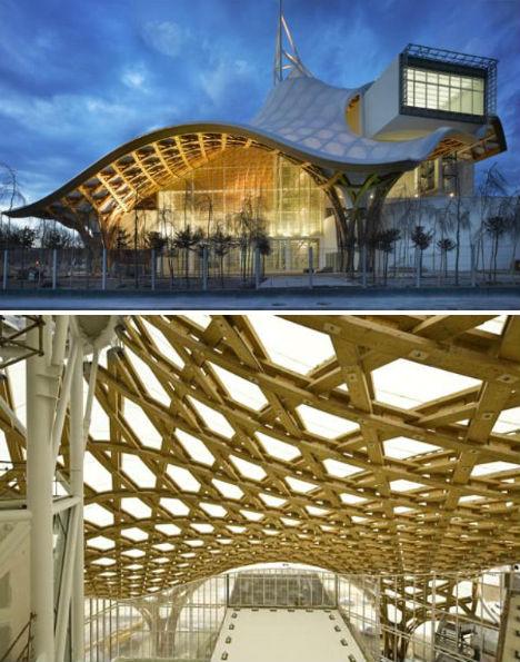 Space Warps 15 Buildings That Bend Wrap Amp Curve Urbanist