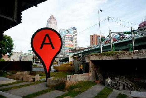 Art imitates digital life real world google map pins urbanist bartholl gumiabroncs Choice Image