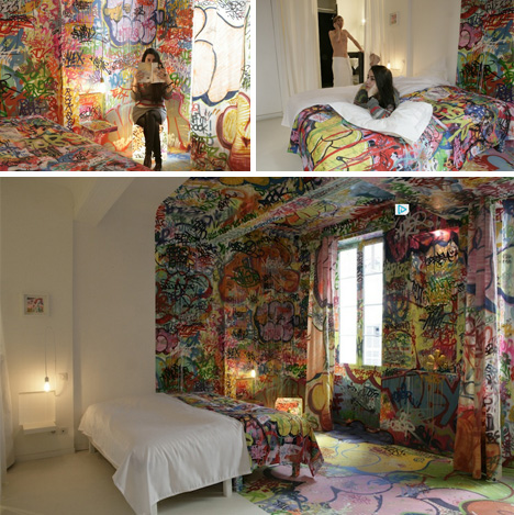 Street chic boutique stunning half graffitied hotel room for Chic boutique bedroom ideas