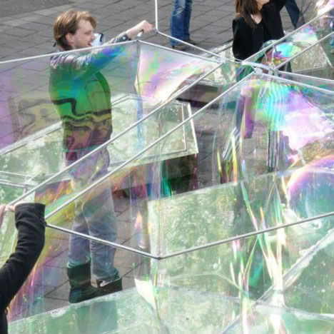 Bubbletecture: Poppable Building Made of Soap Bubbles