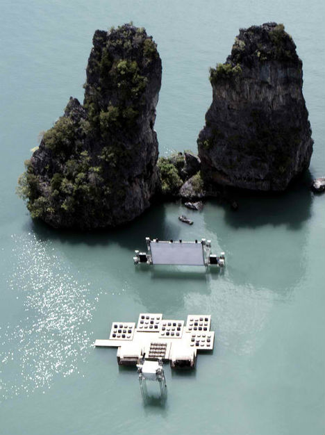 Floating Cinema Deserves a Standing (or Swaying) Ovation