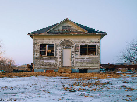 Awesome Rural Ruins 20 Eerie Images Of Abandonments Urbanist Download Free Architecture Designs Scobabritishbridgeorg