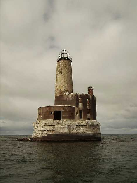 Light S Out Seven More Eerie Abandoned Lighthouses Urbanist