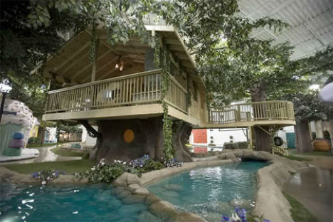 Inventionland Treehouse Office