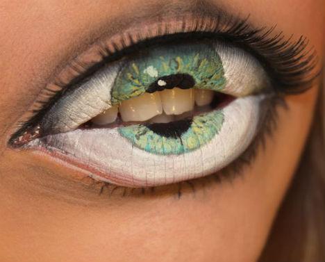 Eye Teeth Makeup 1