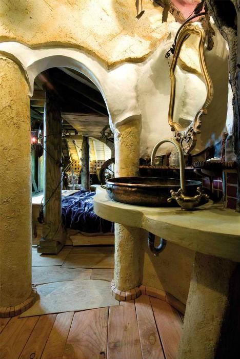 Surreal La Balade des Gnomes Hotel 6