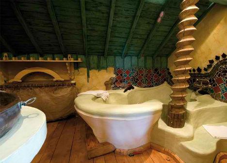 Surreal La Balade des Gnomes Hotel 7