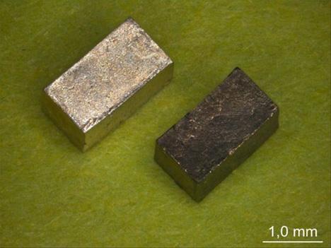 intelligent form changing nanomaterial
